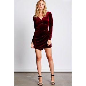 🆕 Wine Red Velvet Wrap Long Sleeve Dress